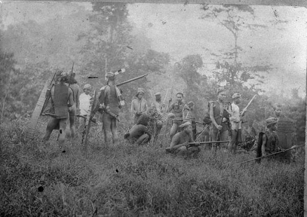 Cerita Dan Perjuangan Suku Dayak