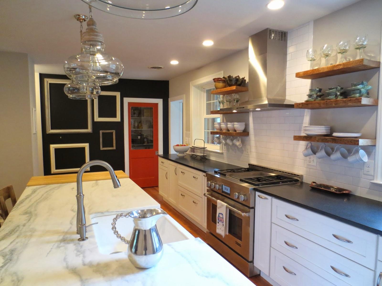row house refuge timeless kitchen design part 1. Black Bedroom Furniture Sets. Home Design Ideas