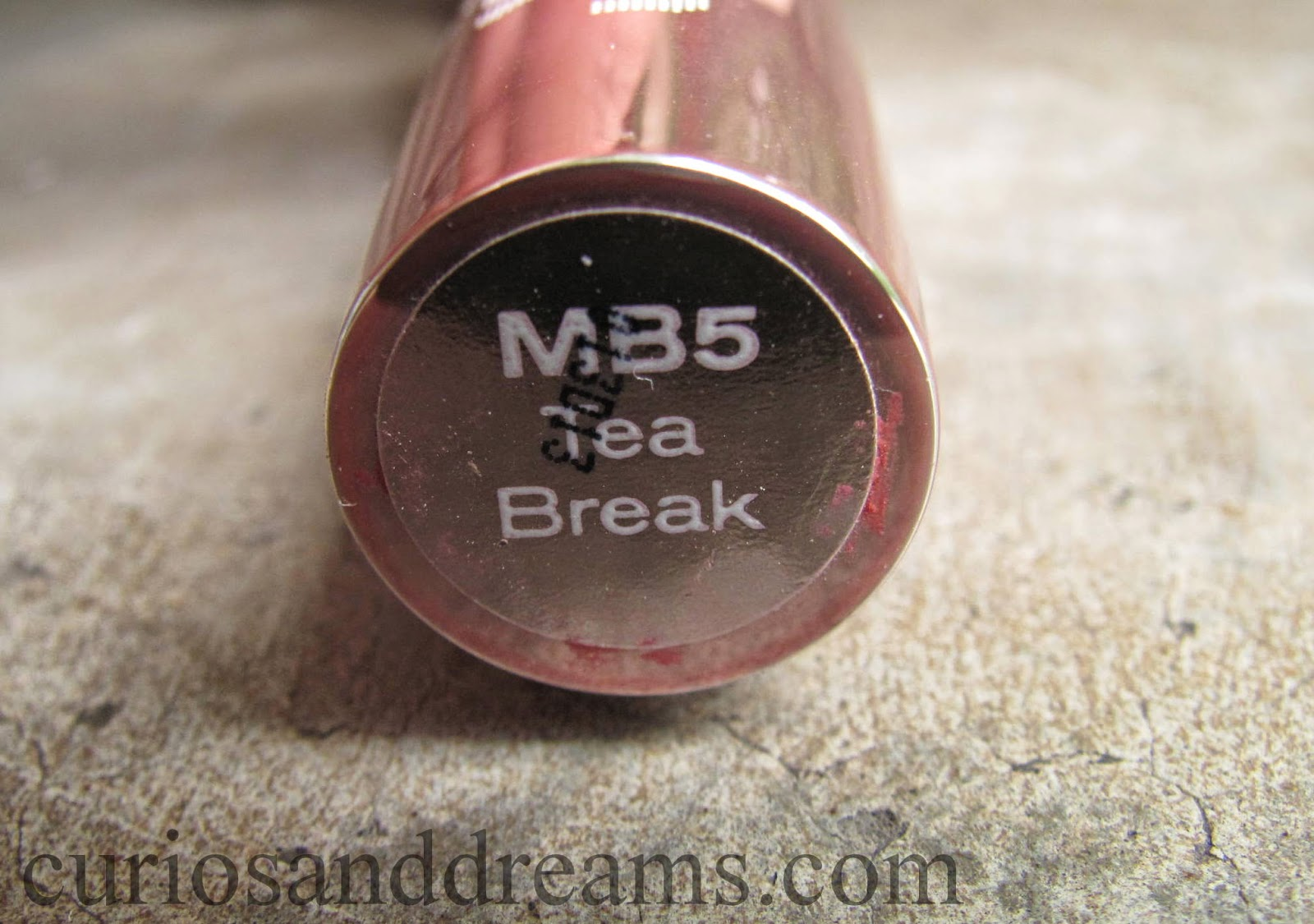 Lakme 9 to 5 Lipstick Tea Break Review, Lakme 9 to 5 Lipstick Tea Break swatch