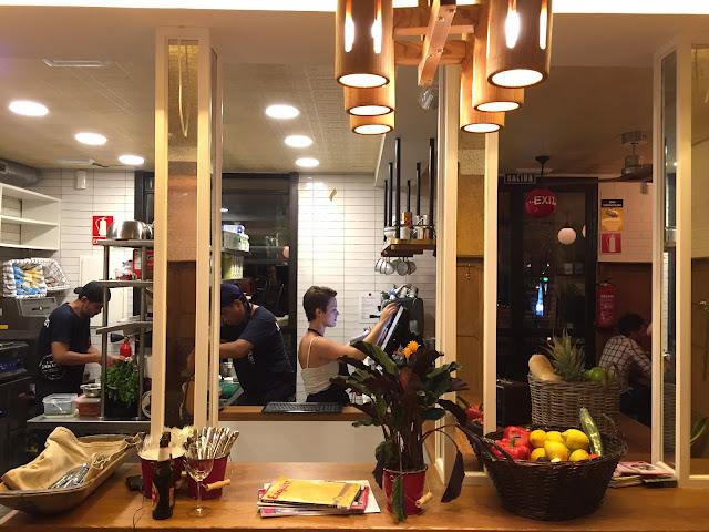 mr ñam ñam fast and good food bao bocadillos ensaladas mañasaña carlos cambronero la mucca madrid estamostendenciados deco diseño de interiores restaurantes gastro gastronomy blog la pescadería