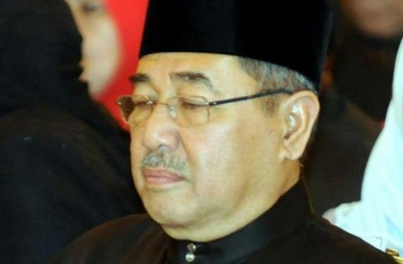 Ahmad Bashah Dirakam 'Tertidur' Ketika Majlis Angkat Sumpah MB