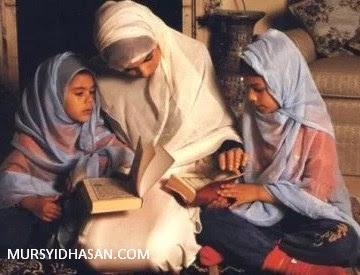 Hukum Wanita Mengajar Membaca Al-Qur'an Ketika Haid