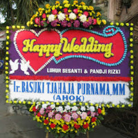 BUNGA-PAPAN-HAPPY-WEDDING