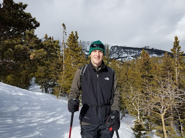 Snowshoeing in Rocky Mountain