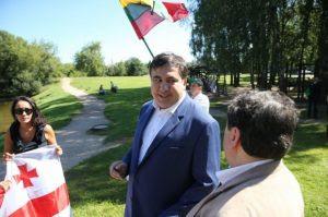Саакашвили продолжил европейский вояж. Сегодня он мочит Порошенко в Литве