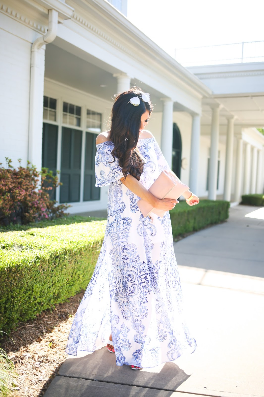 show me your mumu ryan sea crest maxi dress, providence story clutch, steve madden white sandals, emily gemma the sweetest thing blog, spring fashion pinterest, summer fashion pinterest, what to wear this summer to beach pinterest