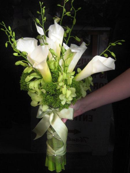 Wedding Bouquets Lotus Flower : Calla lily wedding flowers