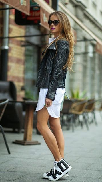 Wear your black leather topper with white sneakers