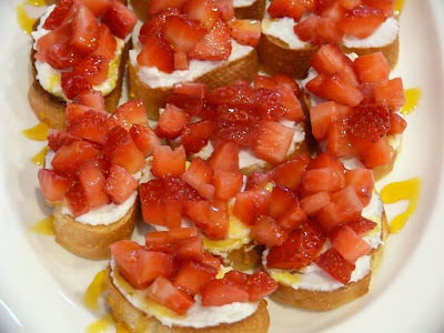 Strawberry Breakfast Bruschetta