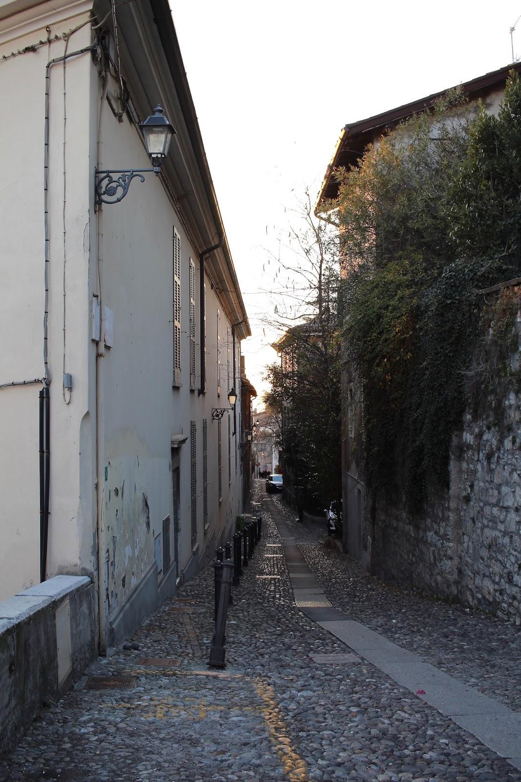 brescia italy streets peexo blog