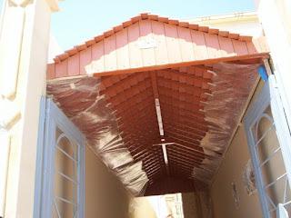 مظلات خشبية باشكال حديثة وعصرية