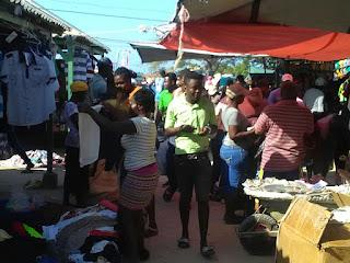 Reapertura de mercado binacional activa economía en Pedernales
