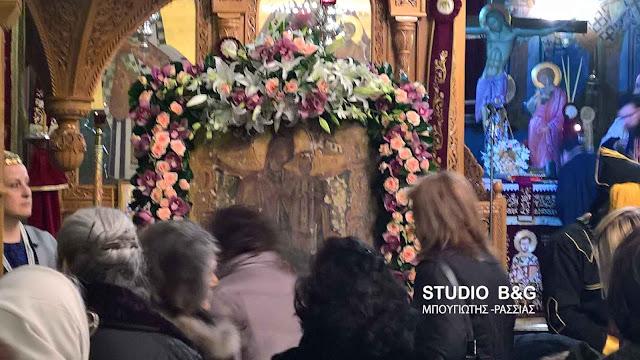 Η ιερή εικόνα της Παναγίας της Παντάνασσας από το Αραχναίο στο Μαρούσι