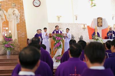 GP Bà Rịa: Thánh lễ an táng Cha Cố Phêrô Nguyễn Văn Giản - Ảnh minh hoạ 20