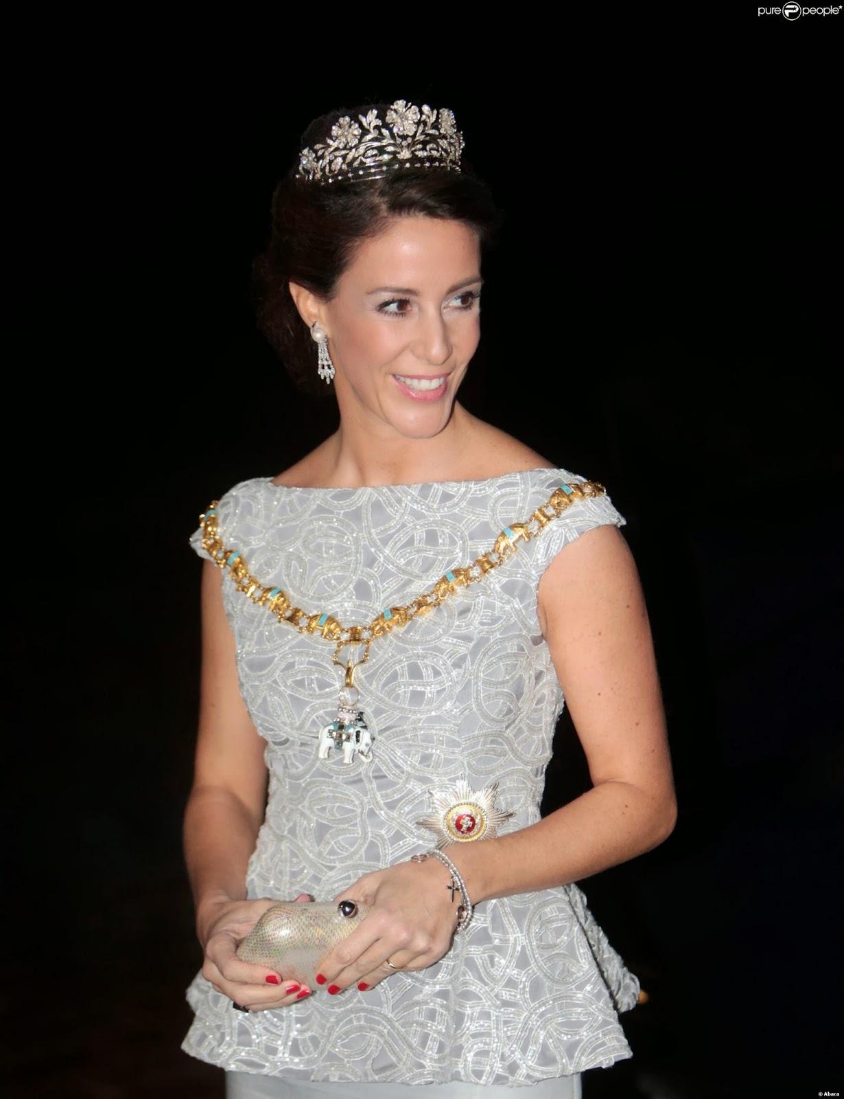 1345905-princess-mariearriving-at-the-new-year-2000x0-1.jpg