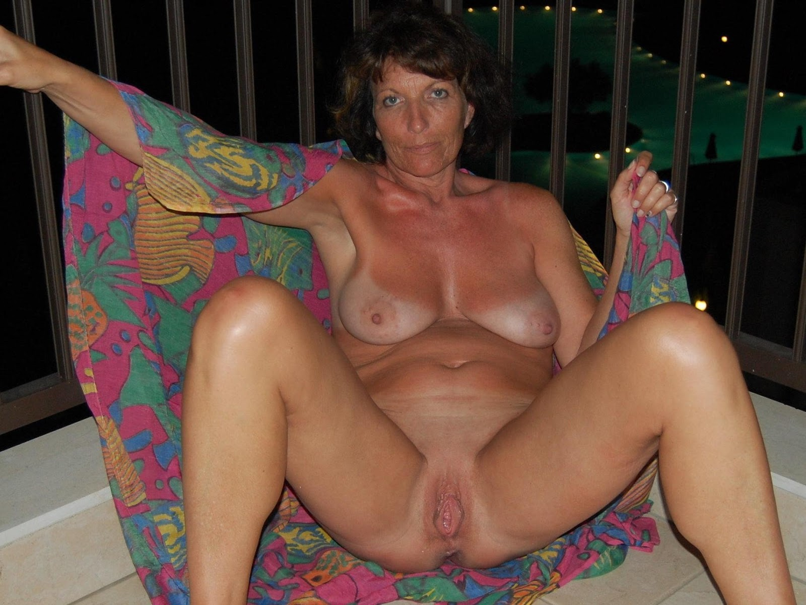 Older amateur women xxx thumbnail galleries 15