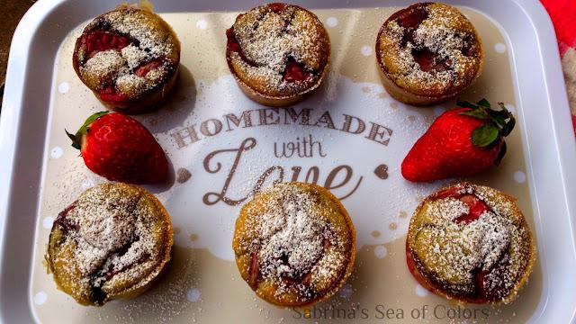 Muffins de fresas al vino tinto