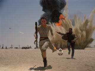"""Il Disinformatico  Recensione CON SPOILER  """"Star Wars – Il Risveglio ... c65b153cdd7a"""