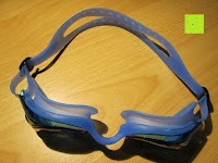 oben: »Snake« Schwimmbrille, 100% UV-Schutz + Antibeschlag. Starkes Silikonband + stabile Box. TOP-MARKEN-QUALITÄT! Große Farbauswahl.