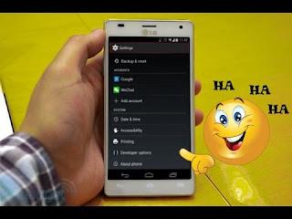 بهذه الخدعة البسيطة ستستطيع جعل صديقك يجن من خلال هاتفك فقط