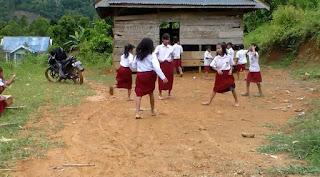 Miris, Kondisi Sekolah di Luwu Ini Mirip Kandang