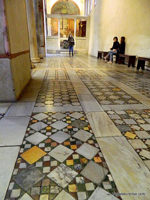 Interior da Igreja de Santa Maria in Cosmedin, Roma