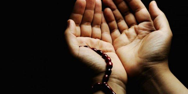 Adab Berdoa Agar Cepat di Kabulkan, 4 Sunnah Ini Amalkan Sebelum Berdoa
