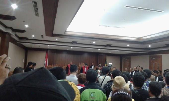 Persidangan Buruh, Jaksa Kembali Lakukan Kesalahan