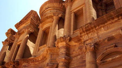Archaeologists working to save Jordanian buildings