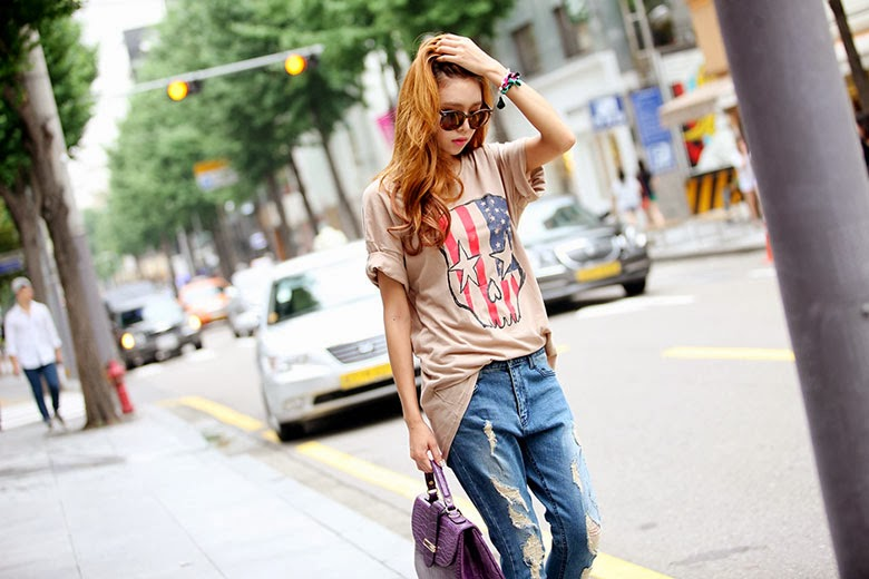 2193d379bc3f6 Esta ropa es la más común para salir un día cualquiera a la calle.