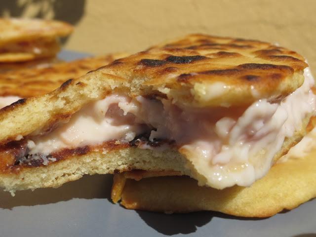 Piadinas de jamón y queso Thermomix