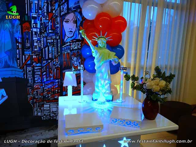 Decoração infantil Nova York - mesa temática para aniversário