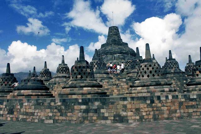 Candi Borobudur, Arsitektur Bangunan Megah yang Bersejarah (Info Terlengkap dan Terbaru)