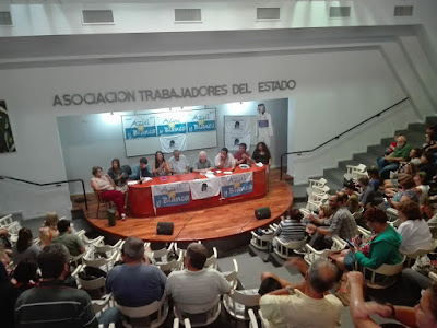 Mesa del Plenario Provincial de la Agrupación Azul y Blanca de SUTEBA