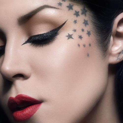 Kat Von D rosto estrelas