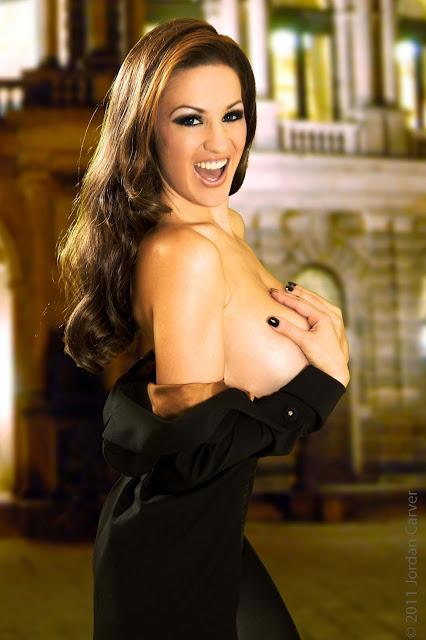 Jordan-Carver-Manege-sexy-photoshoot-hd-hot-image-8