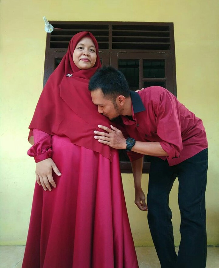 Nyata : Manfaat Kurma Untuk Istri dan Buah Hati