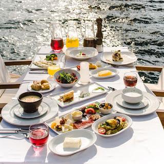 lacivert restaurant anatolian istanbul bosphorus lacivert restaurant fiyatları lacivert restaurant iftar lacivert restoran lacivert istabul
