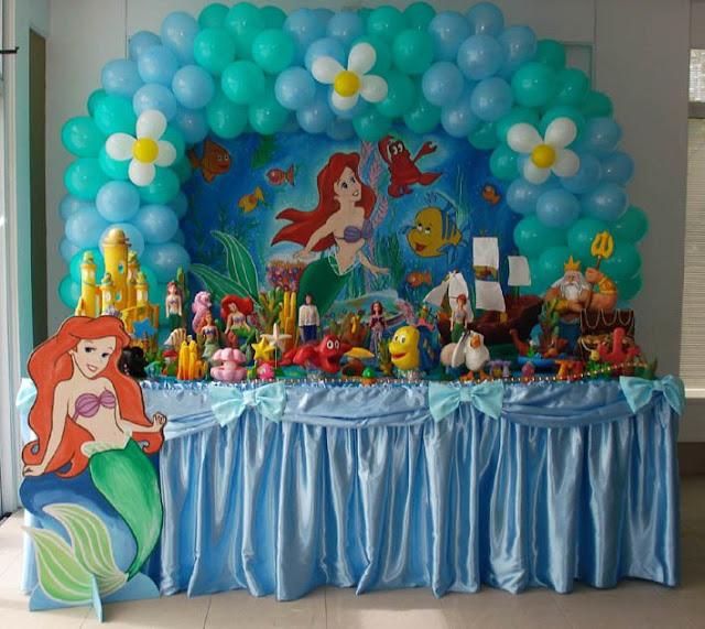 Belíssima mesa decorada Ariel - Pequena Sereia Jubilú Buffet