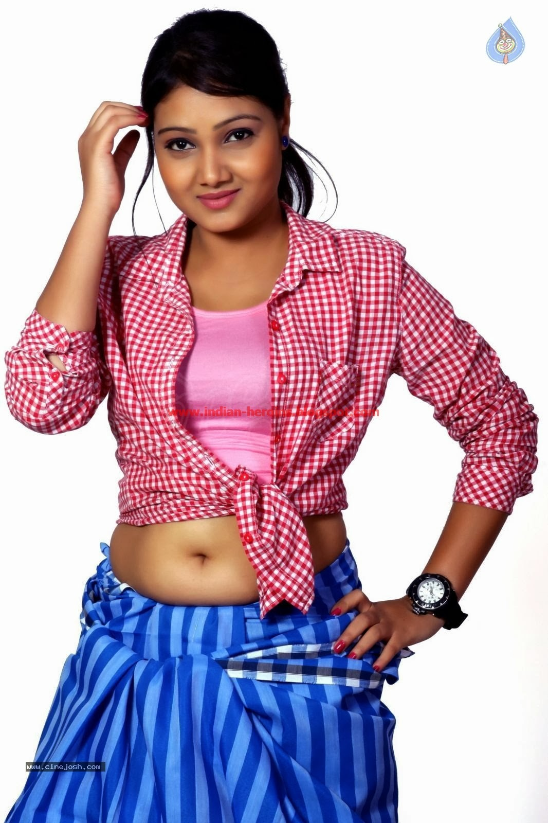 telugu tv actress priyanka hot navel and boobs showing pics - telugu