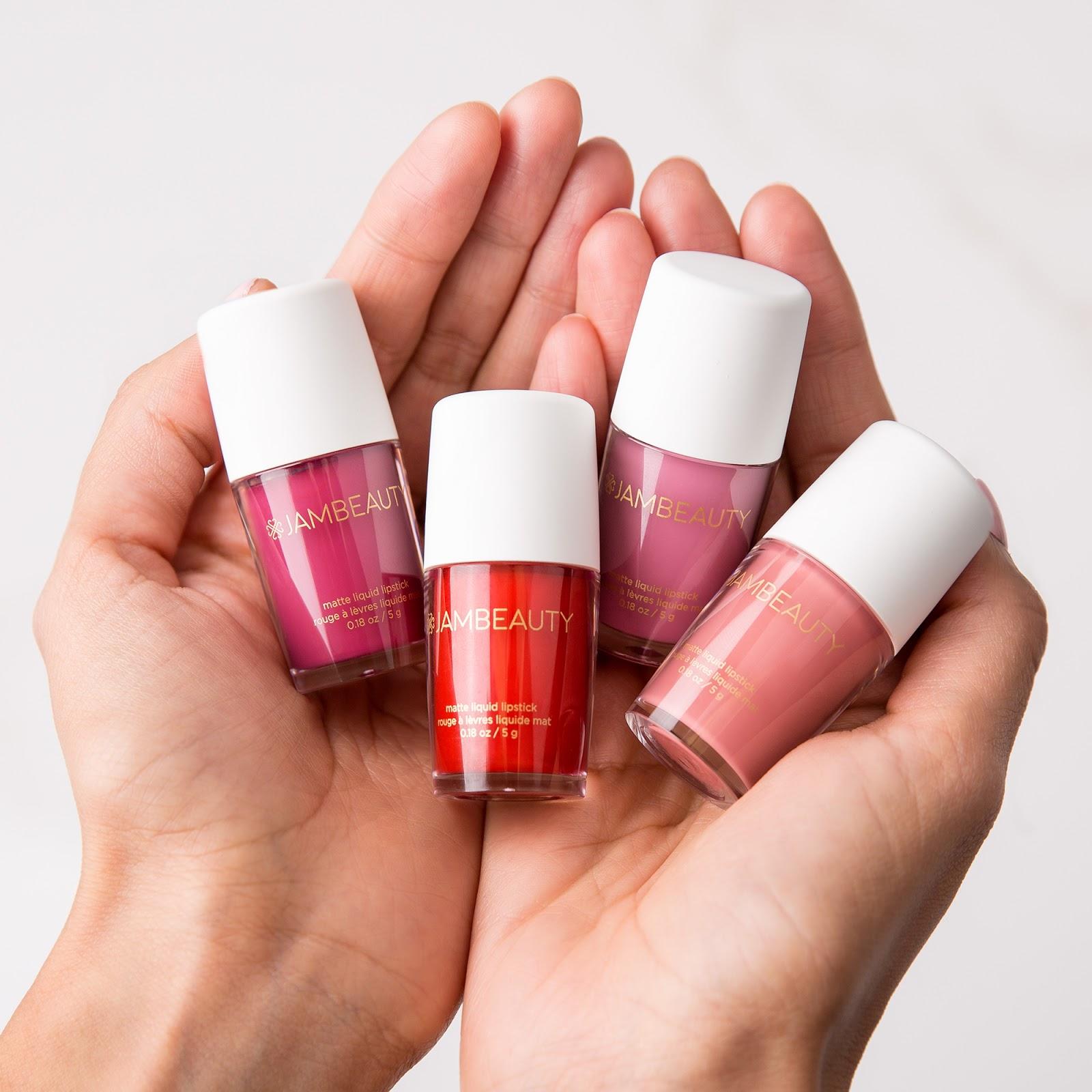 Stina Bella: What is a lip manicure?