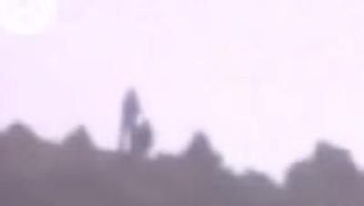 Hombre gigante filmado en video