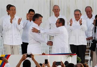 El No a la Paz en Colombia, los referéndums y el pedir perdón a las víctimas