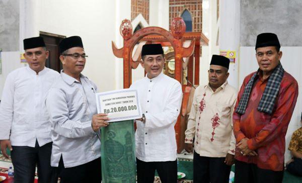 TSR Sumbar Sumbang Rp20 Juta ke Masjid Raya Sungai Sirah Pariaman