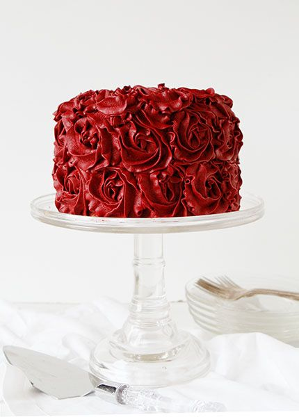 red velvet buttercream : 26 Images of Inspiration: Imperial Red 07-01-2016 {Cool Chic Style Fashion}