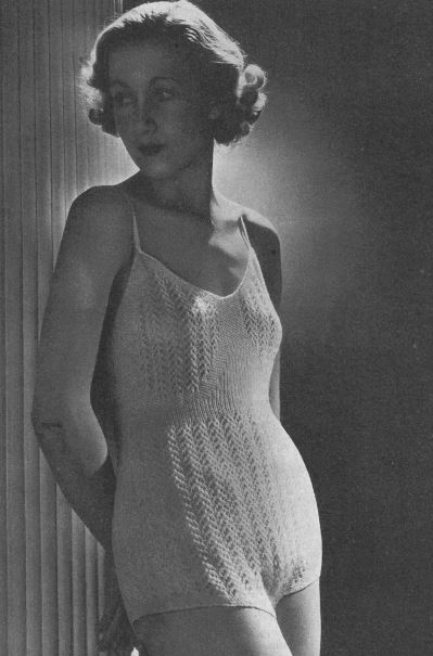 The Vintage Pattern Files: Free 1940's Knitting Pattern - Women's Cami-Knickers