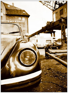 Photo of Volkswagen Bug from https://www.freeimages.com/photo/old-vw-bug-1492959