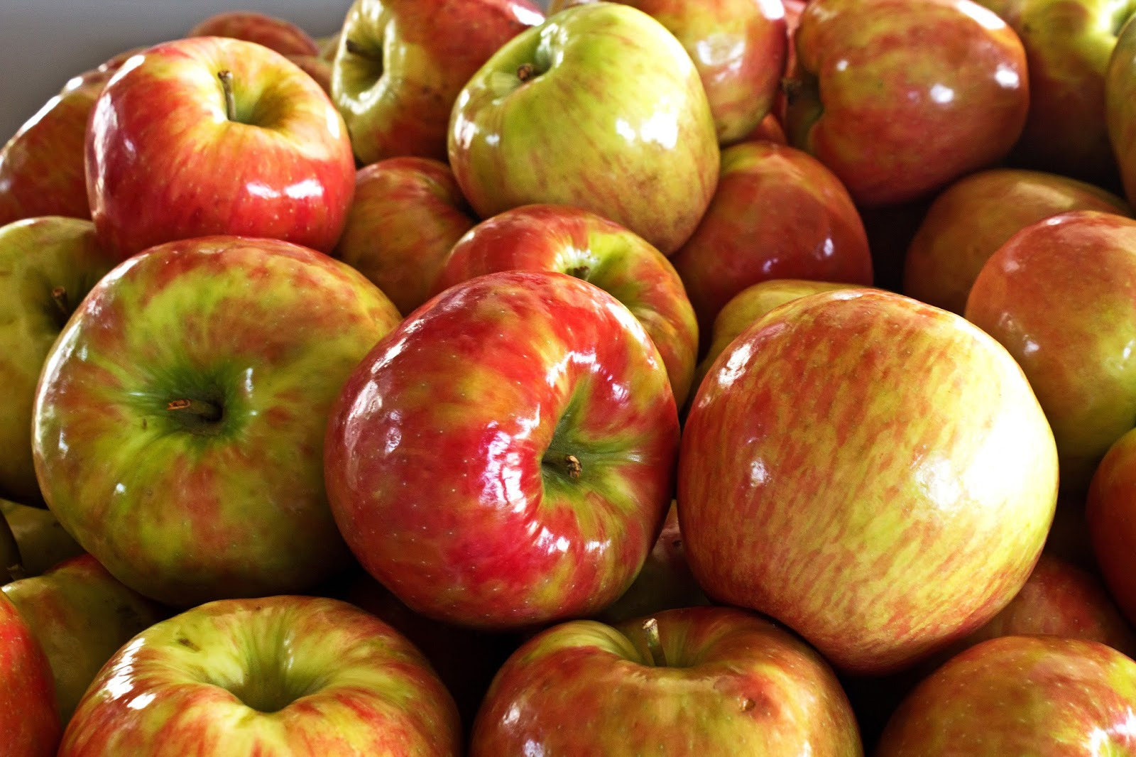 Zgniłe jabłuszka, czyli cyniczni pracownicy