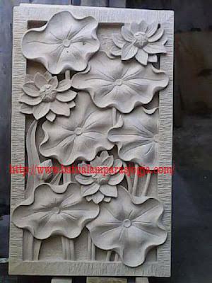 relief motif bunga