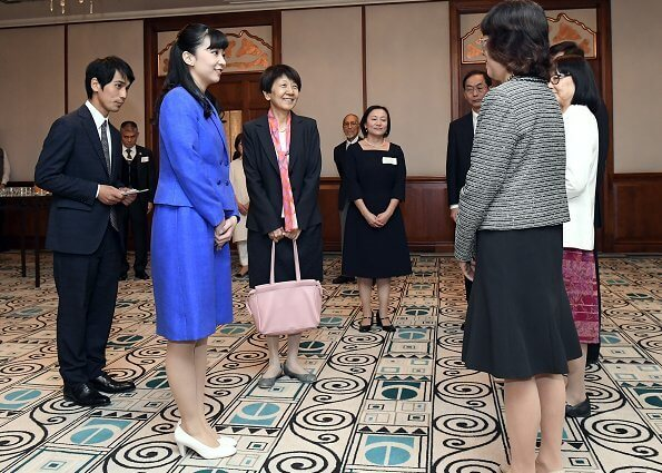 The Princess visited the Parliament building and met with Japanese citizens living in Hungary